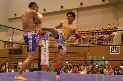 キックボクシングプロライセンス取得コース クリックで画像表示 キックボクシングプロライセンス取得